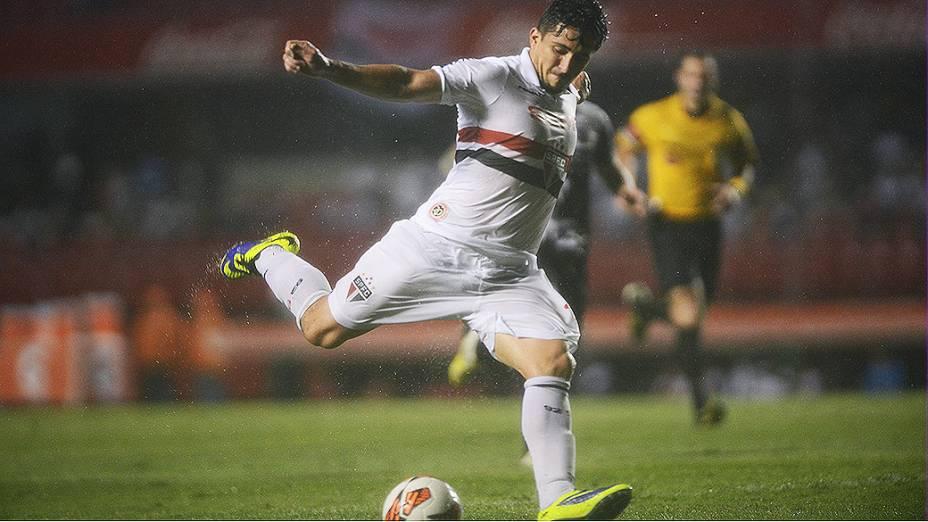 Aloísio na derrota do São Paulo por 3 a 1 para a Ponte Preta, no Morumbi, em partida válida pela semifinal da Copa Sul-Americana