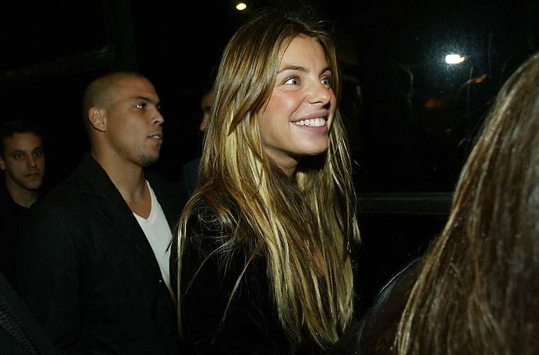 Com Daniella Cicarelli, em 2004