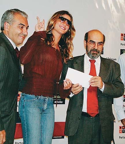 Após desfile em 2003, Gisele Bündchen doou seu cachê para o programa Fome Zero.