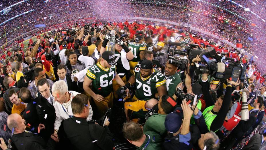 Jogadores do Green Bay Packers comemoram a vitória no Super Bowl XLV