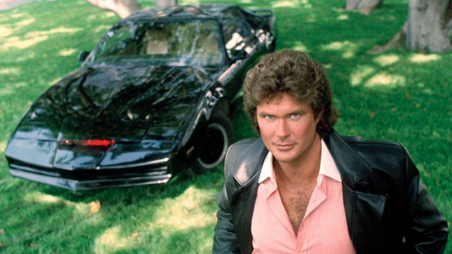 David Hasselhoff e Kitt no seriado A Supermáquina, sucesso nos anos 1980