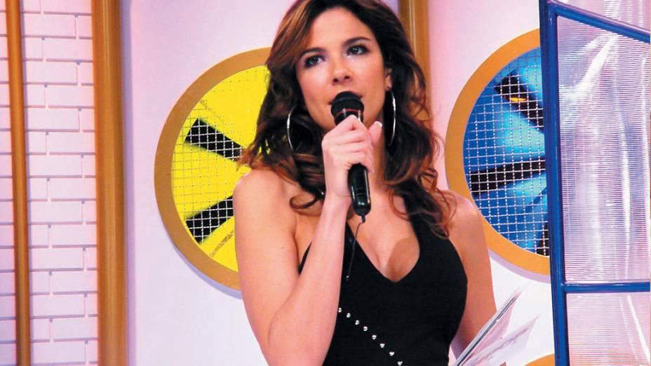 Luciana Gimenez, apresentadora do programa SuperPop, da Rede TV!