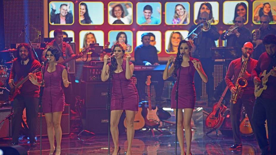 SuperStar: Cluster Sisters no Top 9