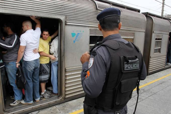 supervia-policia-militar-2011-11-01-original.jpeg