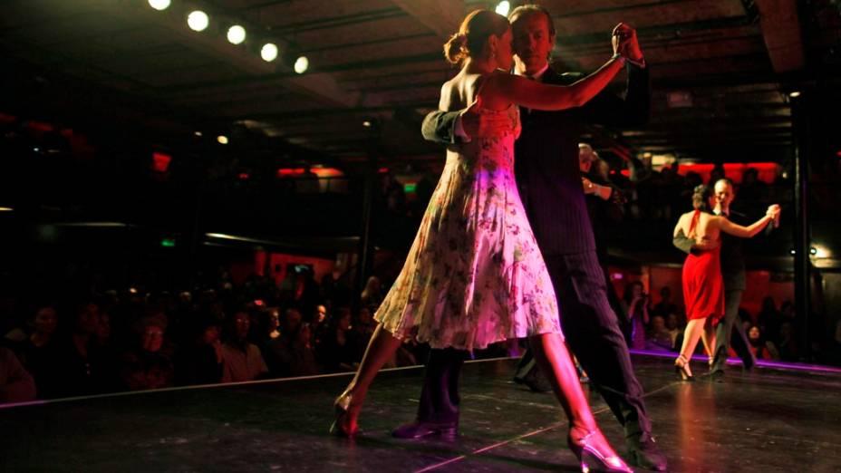 Pasión popular por Mundial de Tango en Argentina • El