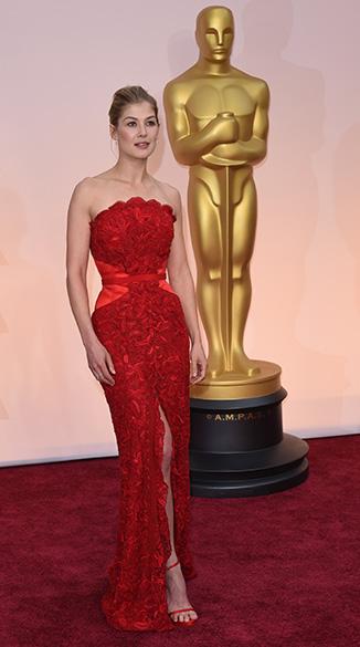 A atriz Rosamund Pike no Oscar 2015