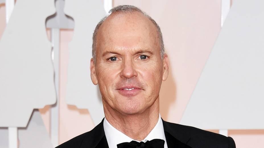 Michael Keaton, de Birdman, chega à cerimônia do Oscar 2015