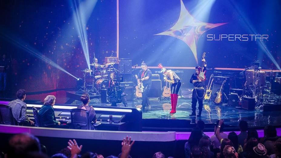 Tarcísio Meiras Band passa pelos duelos do SuperStar