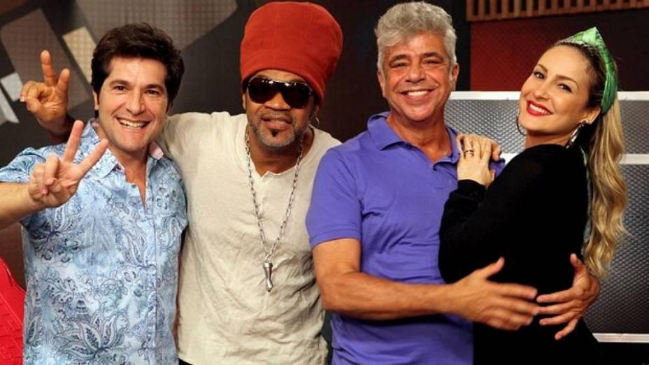Técnicos do The Voice Brasil ensaiam para apresentação conjunta