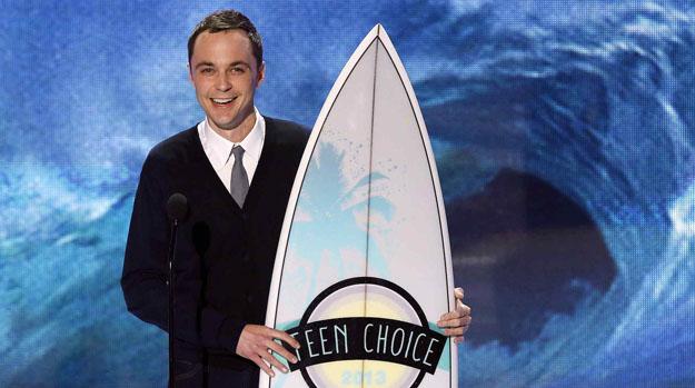 Jim Parsons recebe prêmio na categoria Ator de TV