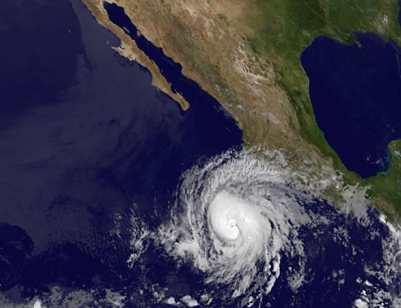 """A tempestade tropical """"Bud"""" se transformou em furacão, e continua ganhando força em frente à costa mexicana do Pacífico, informou nesta quinta-feira o Serviço Meteorológico Nacional (SMN) do México"""