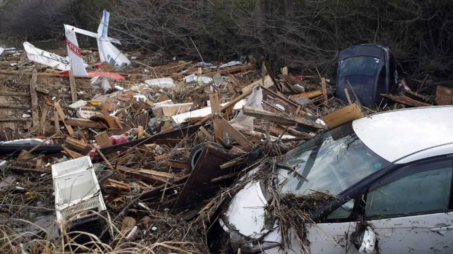 Destruição em Iwanuma após o tsunami, Japão