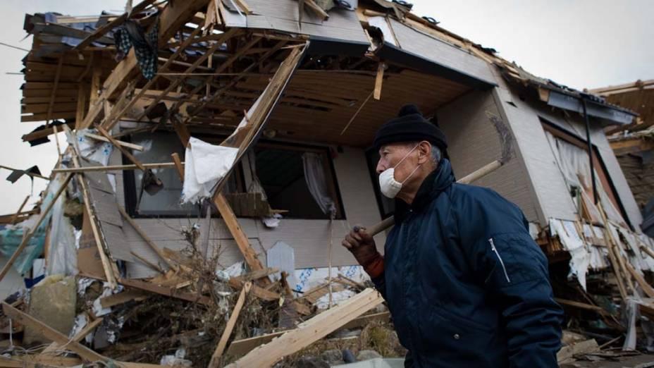 Casa destruída em Kesennuma, Japão