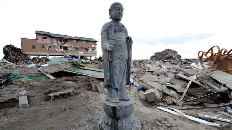 Destruição na cidade de Natori, Japão