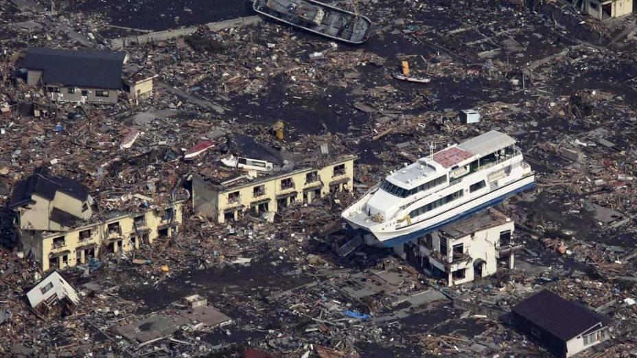 Destruição na cidade de Otsuchi, Japão