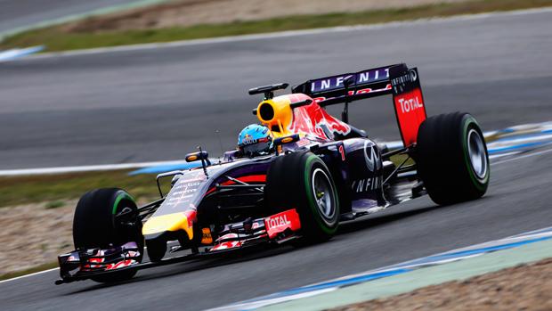 Sebastian Vettel durante teste da Red Bull, na Espanha