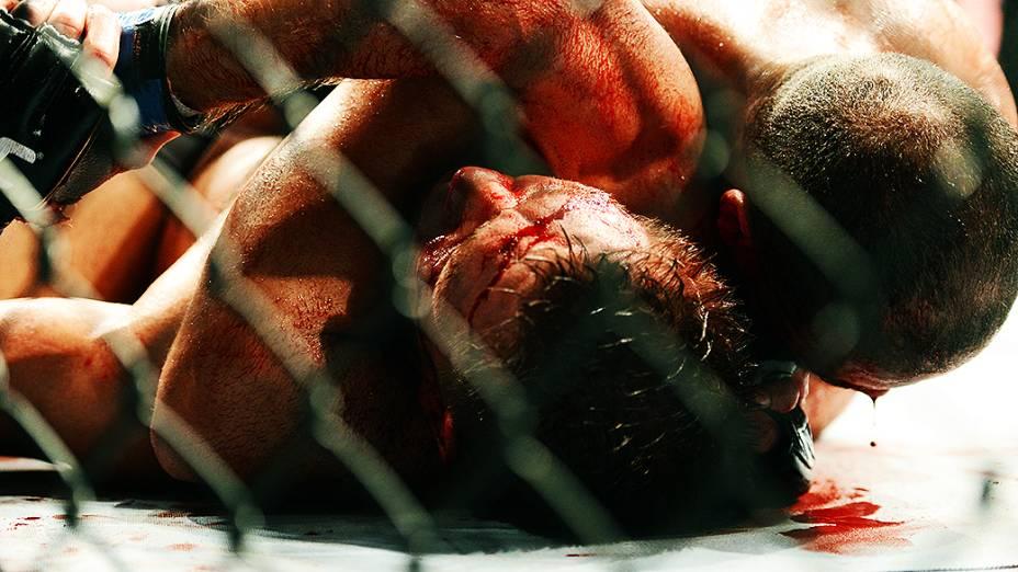O brasileiro Thales Leite vence TomWatson no Ultimate Fighting que volta ao Rio de Janeiro (RJ), para o evento UFC 163, ou simplesmente UFC Rio 4
