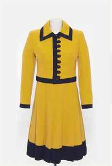 Vestidos de Margaret Thatcher vão a leilão em Londres