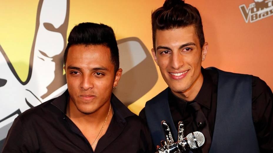 Danilo Reis e Rafael são os vencedores da terceira temporada do The Voice Brasil