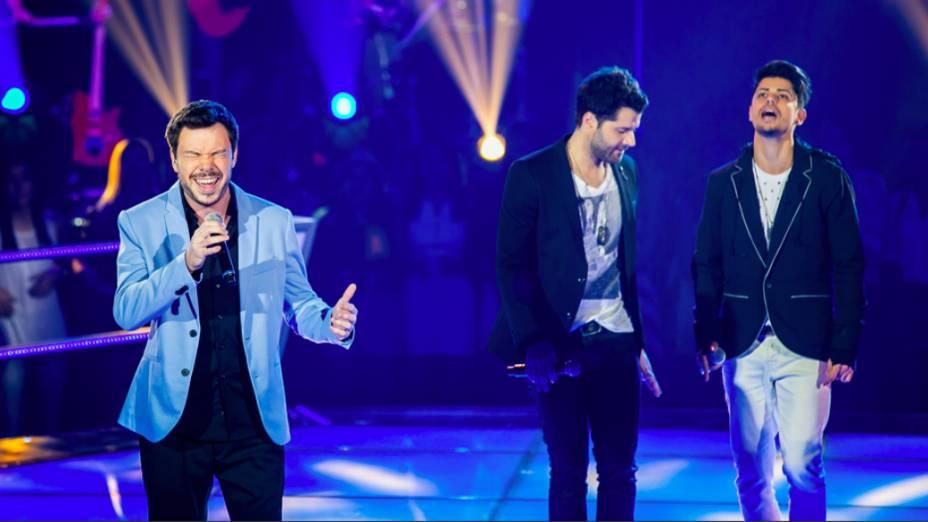 The Voice Brasil: Gustavo Trebien enfrentou a dupla André & Kadu nas batalhas pelo time de Daniel
