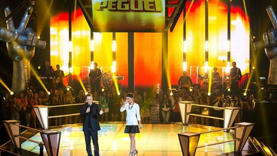 The Voice Brasil: Marcela Bueno é salva com o Peguei após batalha pelo time de Claudia Leitte