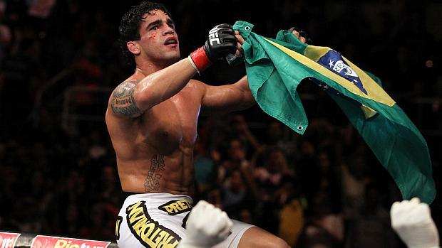 Thiago Tavares venceu o americano Spencer Fisher no UFC Rio, em agosto de 2011