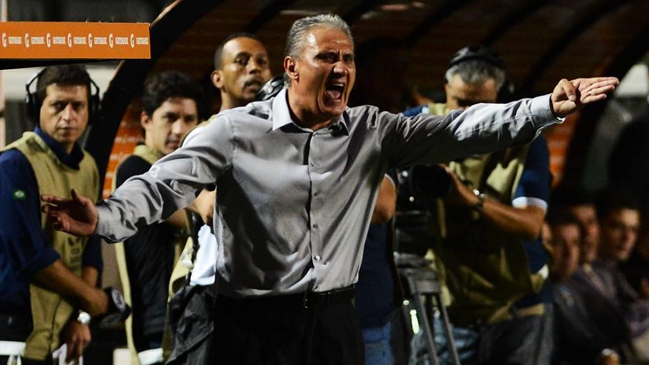 O técnico Tite do Corinthians durante partida contra o Tijuana