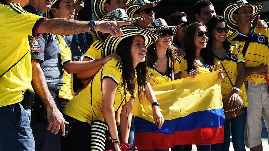 Torcedores da Colômbia chegam para a abertura da Copa no Itaquerão, em São Paulo