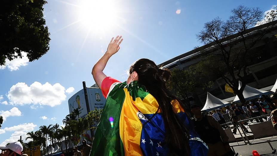 Torcida chega no Maracanã para a final da Copa entre Alemanha e Argentina, no Rio