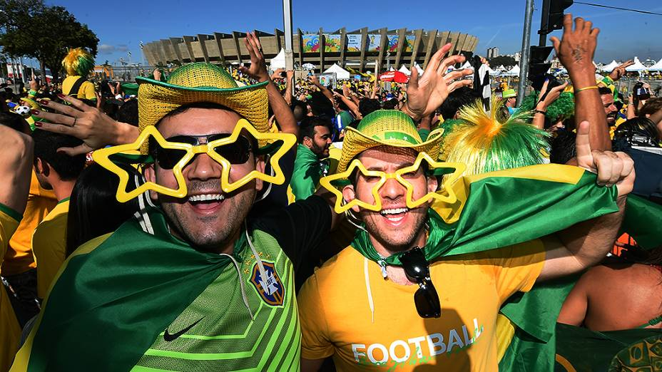 Torcedores antes da partida entre Brasil e Chile