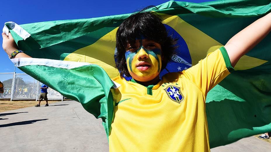 Torcida antes da partida entre Brasil e Chile, em Belo Horizonte