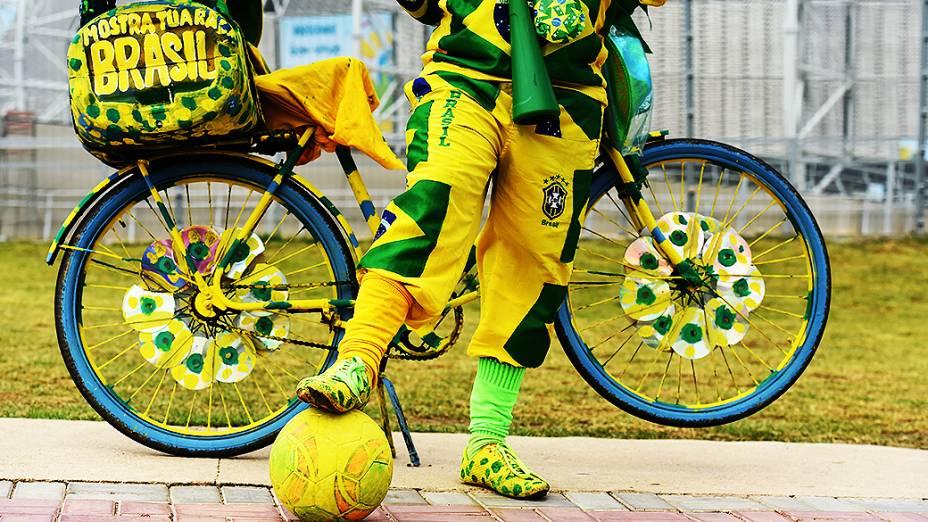 Torcedores em Fortaleza antes da partida Brasil e Colômbia