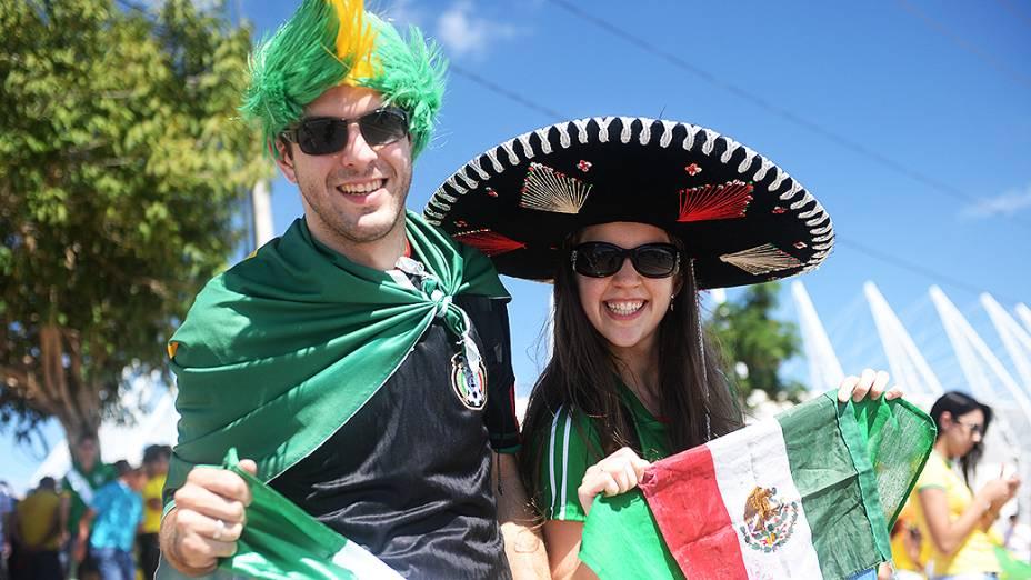 Torcida mexicana chega ao Castelão para partida entre Brasil e México, pela Copa das Confederações, nesta quarta-feira (19), em Fortaleza