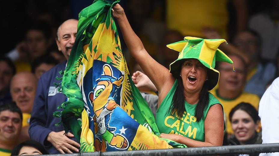 Torcida brasileira chega para o amistoso entre Brasil e Sérvia no estádio do Morumbi, em São Paulo