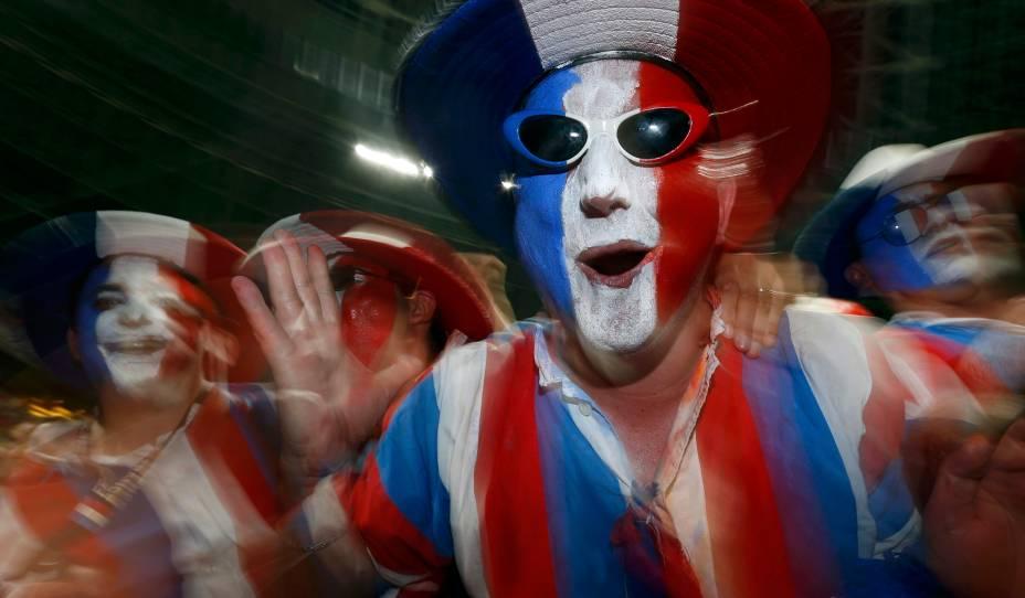 Torcedor francês durante partida válida pelas quartas-de-final da Eurocopa 2012