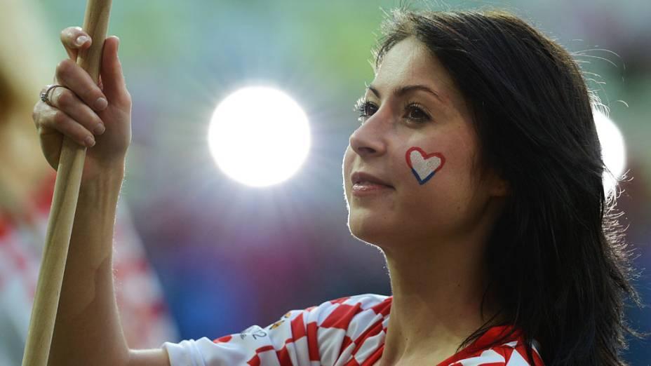Torcedora croata durante partida contra a Espanha válida pela 3ª rodada de Eurocopa 2012