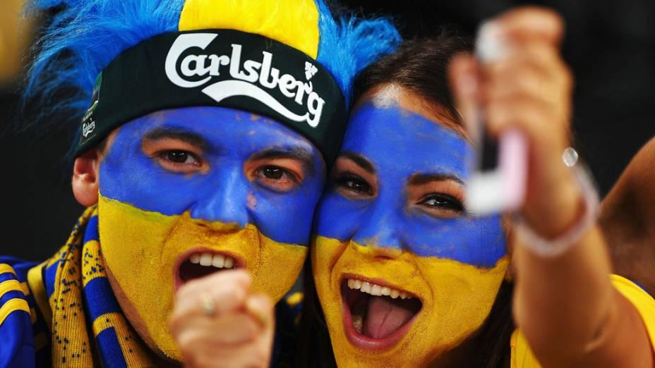 Torcedores ucranianos antes da partida contra a Inglaterra, válida pela 3ª rodada da Eurocopa 2012