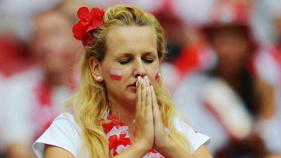 Torcedora polonesa durante a Eurocopa 2012, em Varsóvia