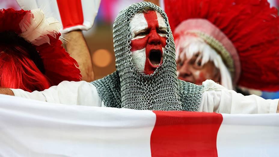 Torcedor inglês durante o jogo contra a Itália na Arena Amazônia, em Manaus