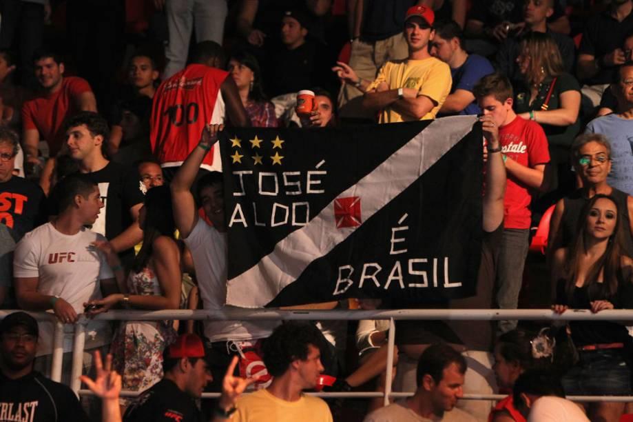 <br><br>  <br>    A torcida por José Aldo no UFC Rio 2012