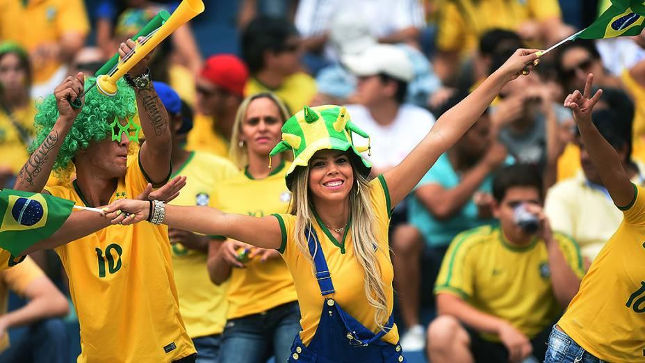 Torcida do Brasil comparece no amistoso contra o Panamá, em Goiânia