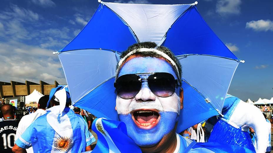 Torcedores chegam ao estádio do Mineirão para partida entre Argentina e Irã, na cidade de Belo Horizonte