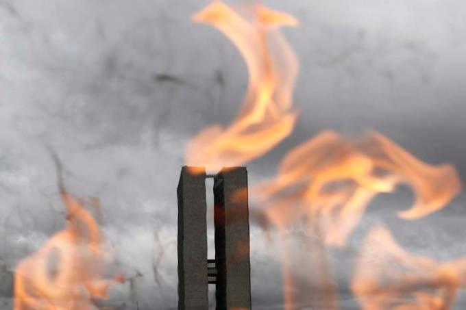 torres-congresso-nacional-pira-patria-brasilia-20120202-original.jpeg
