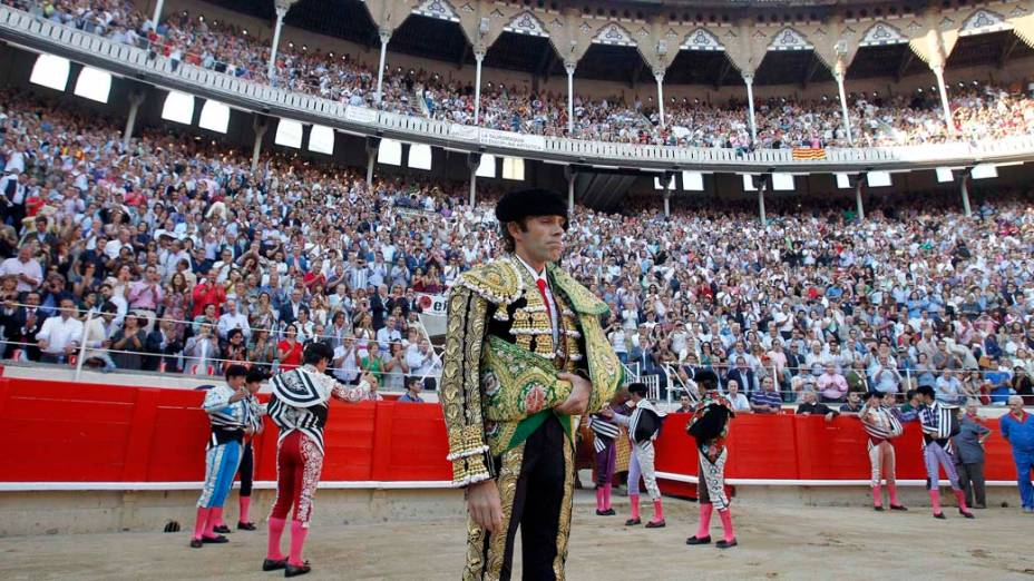 Toureiro espanhol José Tomás na arena antes do início da tourada, na praça de touros Monumental em Barcelona, Espanha