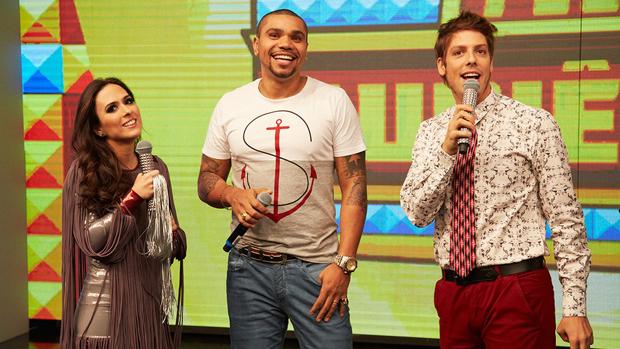 Tatá Werneck, Naldo e Fábio Porchat no programa Tudo pela Audiência, do Multishow