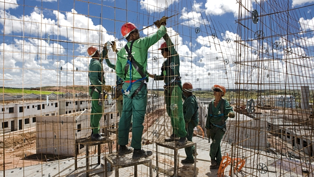 Construção e negócios imobiliários, 20,2%
