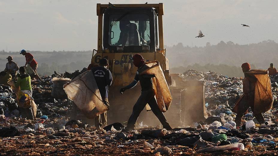 Lixão da Estrutural, a 15 quilômetros da região central de Brasília, concentra o maior número de casos de exploração do trabalho de crianças e adolescentes na capital federal