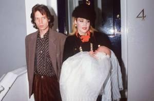 Mick Jagger e Jerry Hall se separaram depois que o roqueiro a traiu com a apresentadora brasileira Luciana Gimenez.