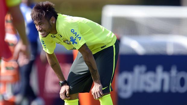 Neymar durante treino na Granja Comary, em 01/06/2013
