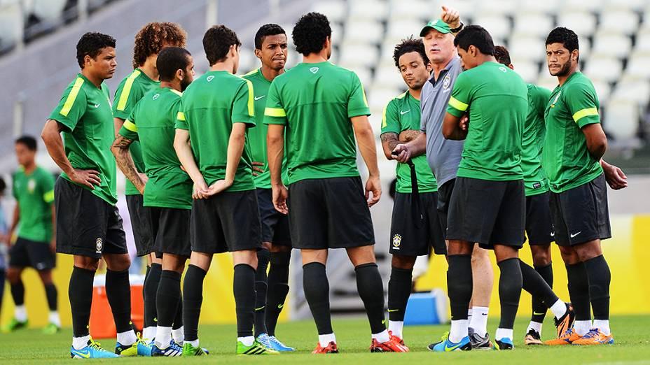 Treino da Seleção Brasileira em Fortaleza antes do jogo contra o México, em 18/06/2013